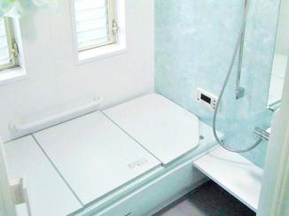 バスルームリフォーム さわやかなカラーが心地よいバスルームへ一新