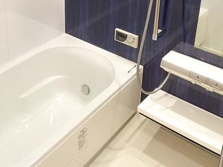 バスルームリフォーム ホテルのような高級感のある浴室と洗面所