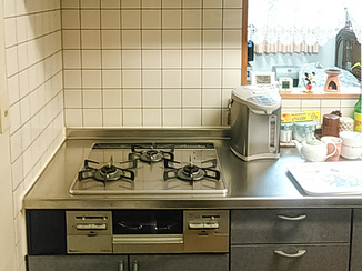小工事 部分取替で手入れしやすく高機能なキッチン