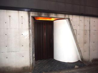 エクステリアリフォーム 防犯面を強化した玄関で毎日が安心・安全