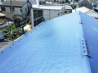外壁・屋根リフォーム 耐久年数の長いガルバリウム鋼板の屋根