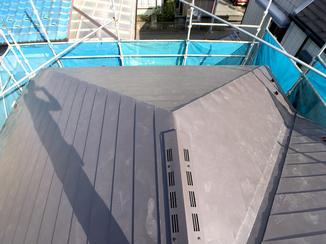 外壁・屋根リフォーム 軽量ながらも耐久性が上がった屋根