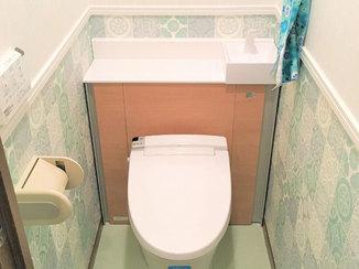 トイレリフォーム 内装にこだわり、まるで別空間のようになったトイレ