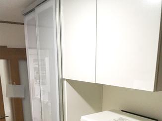 キッチンリフォーム 収納力がありキッチンの雰囲気を変えたカップボード