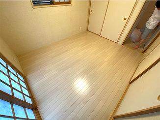 内装リフォーム 畳の床からフローリングになり、明るくなった洋室