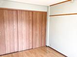 内装リフォーム使い勝手の良いクローゼットがついた洋室へ