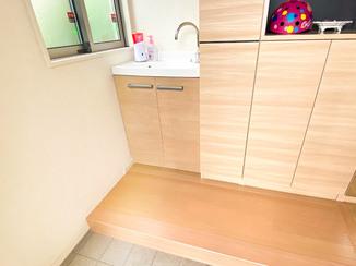 洗面リフォーム 家に帰ってすぐ手が洗える便利な手洗い器