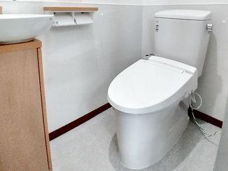 トイレリフォーム 不便な和式トイレから快適な空間に生まれ変わった洋式トイレ